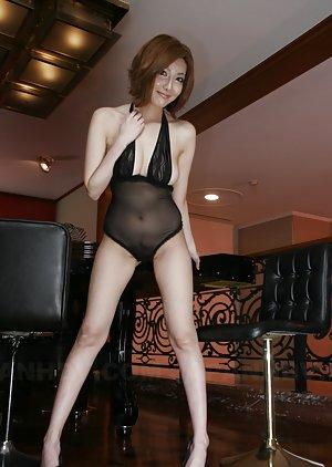 Chinese Milf Porn Pics